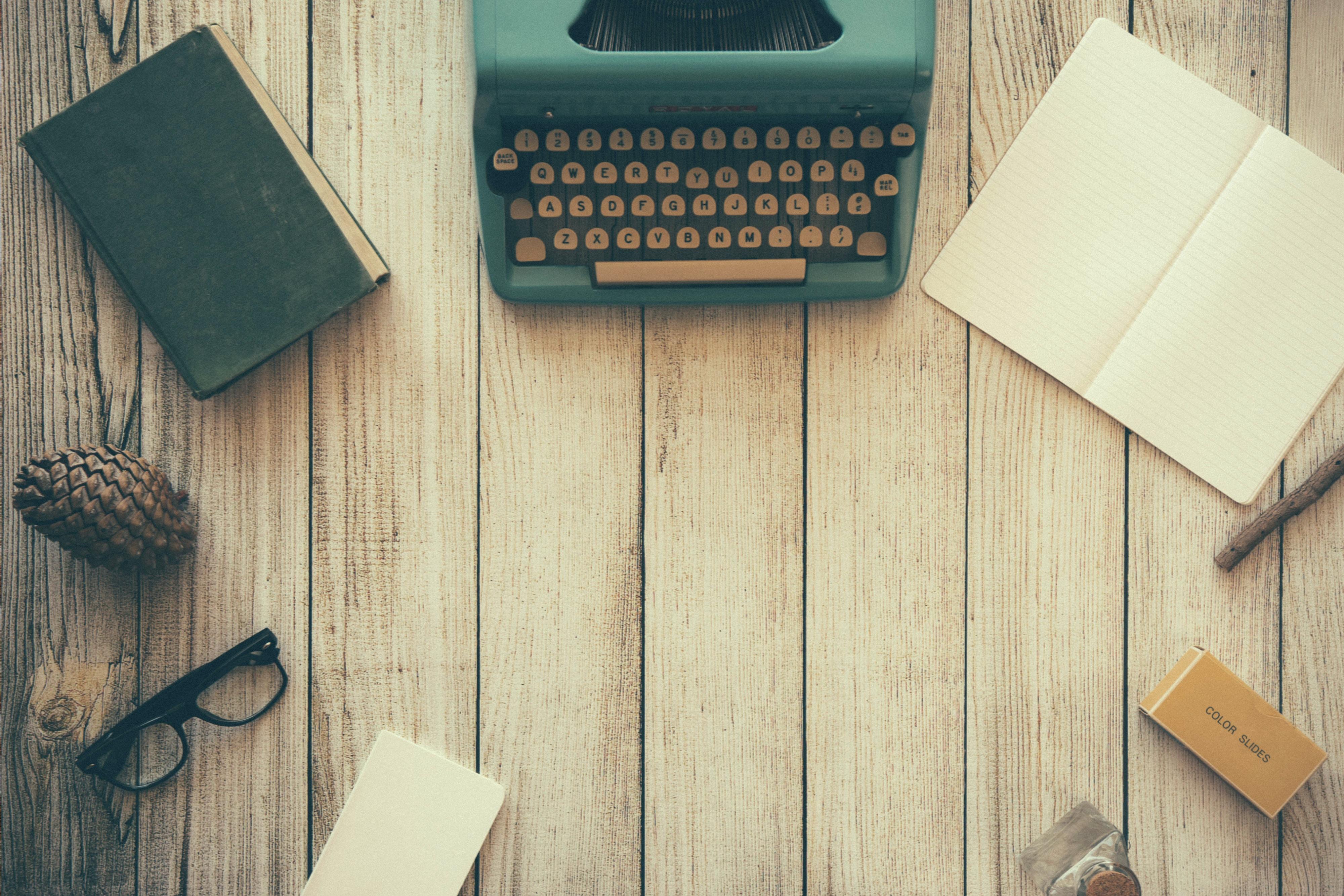 Scrivere, cercare, divenire, essere
